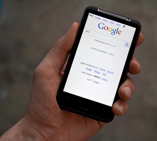 Mobilní weby mají ode dneška na Google přednost v mobilním vyhledávání